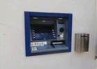 Zřízení bankomatu v Adamově III