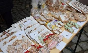 Vánoční jarmark a prodejní výstava prací dětí z výtvarného oboru ZUŠ Adamov