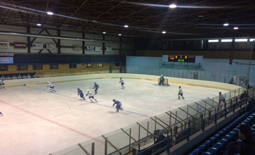 Spartak Adamov - HLC Bulldogs Brno 4:5 po SN (2:1, 0:3, 2:0)