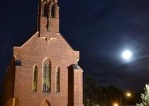 Jak jsme v kostele ponocovali ...