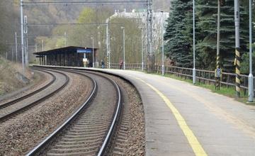 Rekonstrukce nástupiště u koleje č.2 včetně zřízení bezbariérového přístupu Adamov zastávka