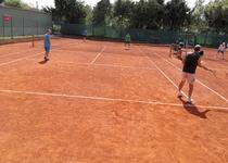 První letošní zápas Spartaku Adamov v soutěžní tenisové sezoně