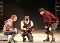 Zájezd do Slováckého divadla v UH na představení: POKREVNÍ BRATŘI