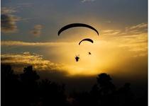 Beseda o létání s PAVLEM LAZÁRKEM a PETREM BUCHTOU