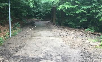 Nový hřbitov nepřístupný pro motoristy