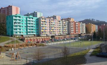 Oprava povrchu víceúčelového hřiště na ulici P. Jilemnického