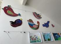 Malba opěrné zdi u zastávky na Ptačině od žáků ZUŠ Adamov